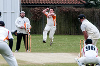 Cricket - Diss v Vauxhall Mallards.